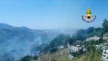 Sonnino (LT) - L'intervento dei Vigili del Fuoco per in l'incendio (07.07.19)