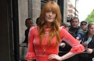 Florence Welch pretends she's not famous