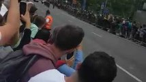 Le passage des coureurs du Tour de France