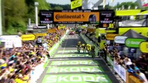 Eng VO: Jumbo-Visma win team time trial as Teunissen stays in yellow