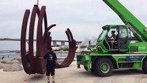 Martigues : des sculptures de Bernar Venet s'installe en ville