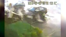 Zware auto omgegooid door tornado