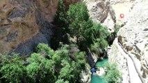 Keşfedilmeyi bekleyen Şuğul Kanyonu havadan görüntülendi