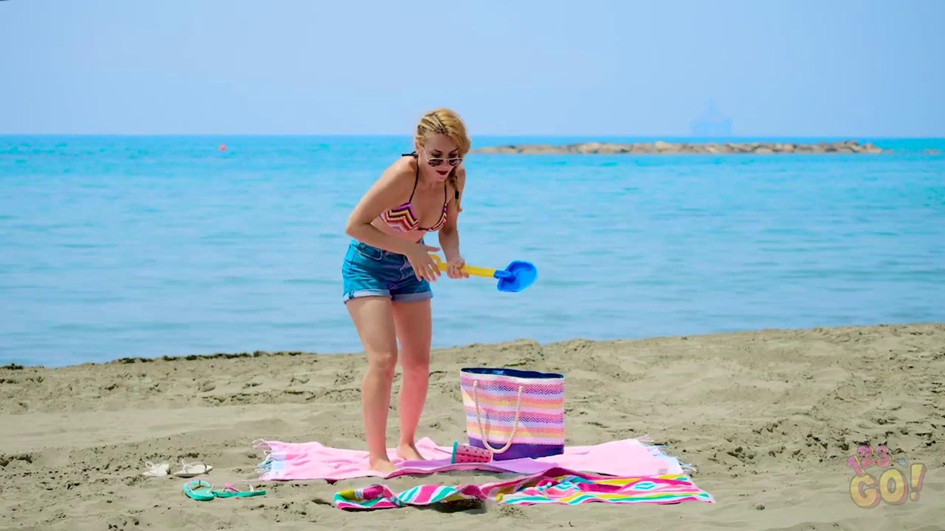 FUNNY SUMMER DIY PRANKS!  Best DIY Pranks on Friends  Family by 123 GO!