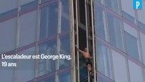 A 19 ans, il escalade la plus haute tour d'Europe à mains nues