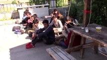 Sivas'ta Afganistan ve Pakistan uyruklu 15 kaçak yakalandı