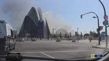 Desalojadas cerca de mil personas por un incendio en el Oceanográfic de Valencia