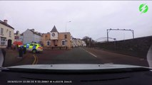 Un policier rate complètement son virage... course-poursuite ratée