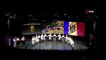 33. Altın Karagöz Halk Dansları yarışması tüm hızıyla devam ediyor