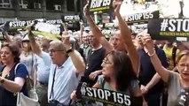 Concentració de protesta al carrer de Calàbria