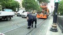 Tramvay arıza yaptı, seferler durdu