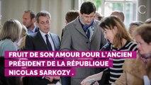 VIDEO. Giulia Sarkozy s'amuse devant l'objectif de sa maman Ca...