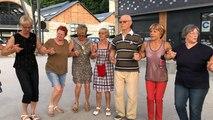 Tout l'été les touristes peuvent apprendre les danses bretonnes à Saint-Brieuc