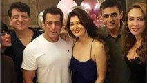 Salman Khan enjoys Ex GF Sangeeta Bijlani's birthday party with Iulia Vantur | Boldsksy