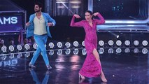 Karisma Kapoor recreates Sona Kitna Sona hai song in Dance India Dance 7; Check out | FilmiBeat