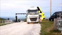 Tour de France : installation de la fibre par les équipe d'Orange à La Planche des Belles Filles