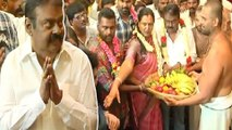 Vijayakanth worshipped athivaradhar | அத்திவரதரை தரிசிக்க வருகை தந்தார் விஜயகாந்த்- வீடியோ