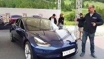 Salon de Val d'Isère : le stand Tesla