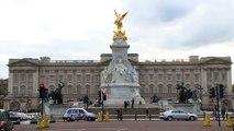 Report: Intruder Arrested After Climbing Buckingham Palace Gates