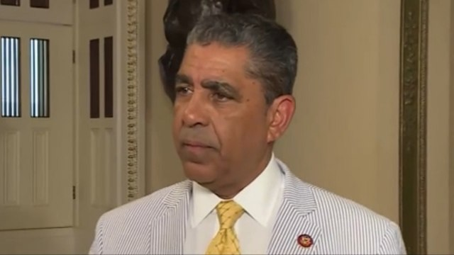 NY Congressman Pushes Dominican Tourism Despite Recent Focus on American Deaths