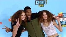 "Michael Strahan with Isabella and Sophia Strahan ""Kids' Choice Sports 2019"" Orange Carpet"