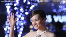 Daisy Ridley Recalls Hugging Carrie Fisher For A Scene In 'Star Wars'