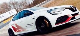 VÍDEO: Renault Mégane R.S. Trophy-R, así se consigue un récord en Nürburgring