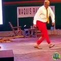 DJ Ramatoulaye danse trop bien. Admirez ce spectacle !