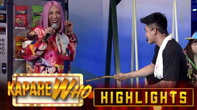 Vice Ganda screams with Ion's gift | It's Showtime KapareWho