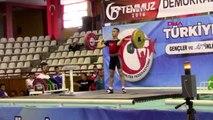 SPOR Gençler ve Büyükler Ferdi Halter Türkiye Şampiyonası Sivas'ta başladı