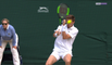 Wimbledon : Mahut à terre après un smash dans l'œil...