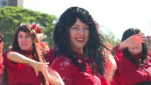 "Flash mob dei fan di Kate Bush ricrea la hit ""Wuthering Heights"""