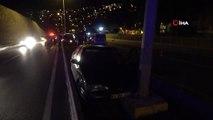 Alkollü sürücüyü kovalayan polis aracı kaza yaptı: 2'si polis, 3 kişi yaralandı