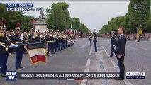 La Marseillaise retentit pour saluer l'arrivée d'Emmanuel Macron sur les Champs-Élysées