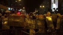 Hong Kong: manifestants et police face à face