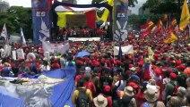 """Seguidores de Maduro marchan en rechazo a """"sesgado"""" informe de DDHH de Bachelet"""