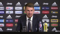 Ramsey gives statement in Italian at first Juventus press conference