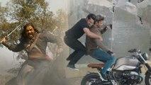 It's Chiranjeevi Vs Hrithik Roshan At Box Office    Syeraa    Hrithik Roshan    Tiger Shroff