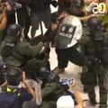 Hong Kong: Violents affrontements en marge d'une nouvelle manifestation massive
