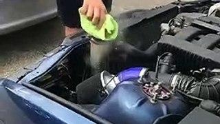 Explosion du radiateur de cette BMW en surchauffe !