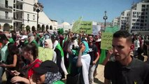 Algérie: les étudiants manifestent pour le 21e mardi consécutif