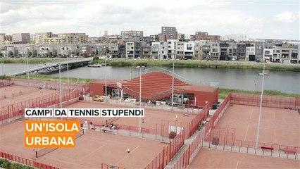 Campi da tennis stupendi: un'isola urbana