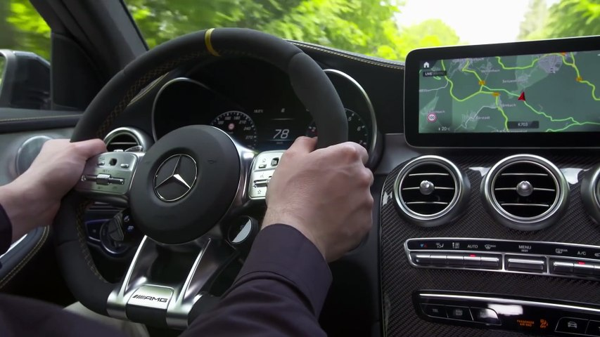 Mercedes-AMG GLC 63 4MATIC+ Coupe (2020) - 510 HP Monster SUV!