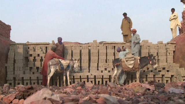 Skllavëria moderne/ Robër, 40 milionë njerëz në botë - Top Channel -News -Lajme