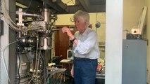 Ο Ιταλός καθηγητής Ντε Μαρία και οι πέτρες του Apollo 11 από τη Σελήνη