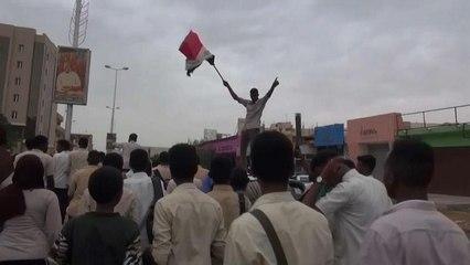 Sudan verso la pace: firmato accordo tra militari e civili