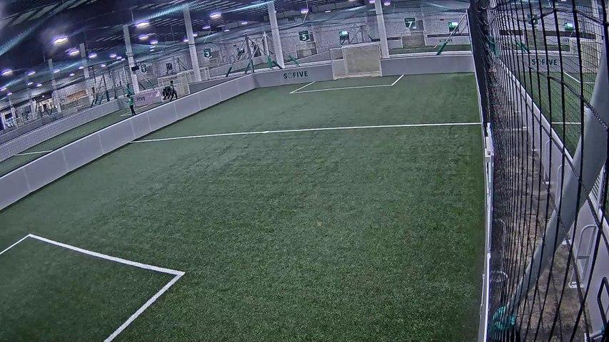 07/18/2019 19:00:01 - Sofive Soccer Centers Brooklyn - Monumental