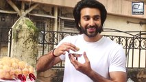 Meezaan Jaaferi Spotted Eating Pani-Puri On The Streets Of Mumbai