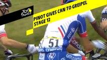 Pinot passe un bidon à Greipel / Pinot giving a can to Greipel - Étape 12 / Stage 12 - Tour de France 2019