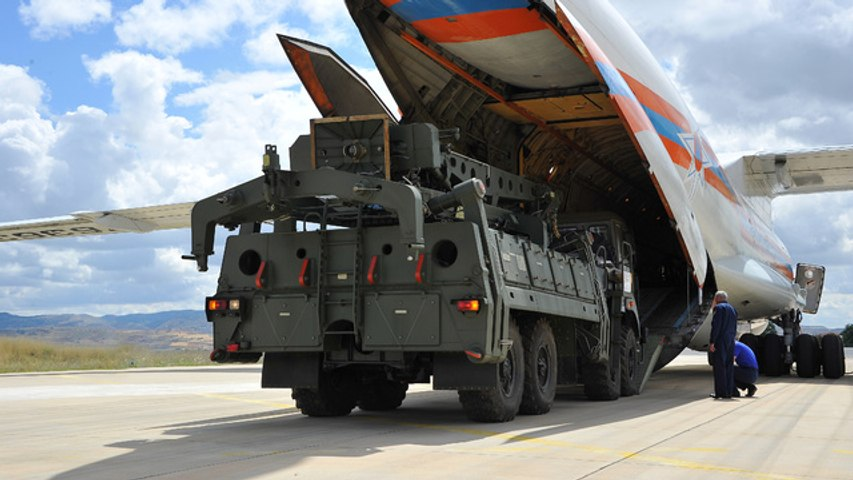 U.S. kicks Turkey out of fighter jet program after it buys Russian missile defense system
